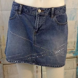 Old Navy vintage denim mini skirt Sz 8 Silver Stud
